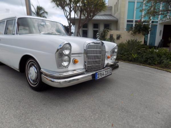 1964 mercedes benz 220se fintail for 1964 mercedes benz