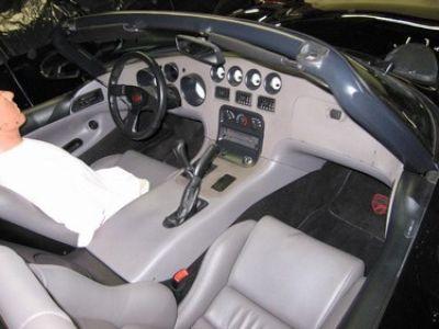 Used-1996-Dodge-Viper-SRT-10