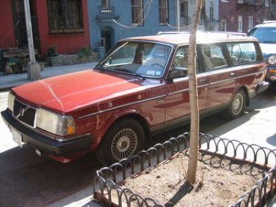 Used-1986-Volvo-Station-wagon