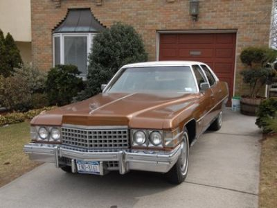 Used-1974-Cadillac-Fleetwood