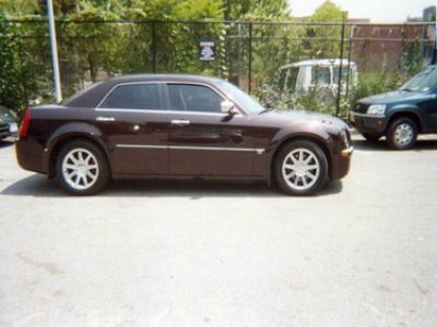 Used-2005-Chrysler-300