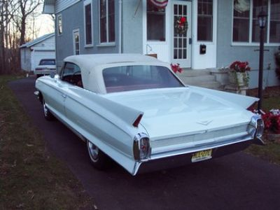 Used-1962-Cadillac-Series-62