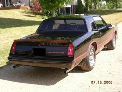 Used-1986-Chevrolet-Monte-Carlo