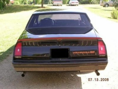 Used-1986-Chevrolet-Monte-Carlo