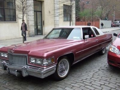 Used-1975-Cadillac-Coupe-DeVille