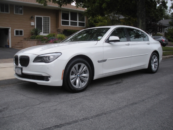 Used-2011-BMW-740iL