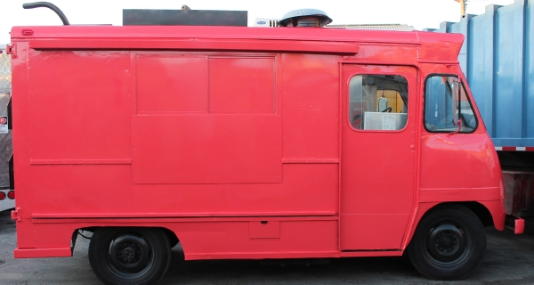 Used-1959-Grumman-Ice-Cream-Truck