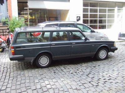 Used-1990-Volvo-242
