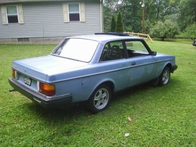 Used-1983-Volvo-242
