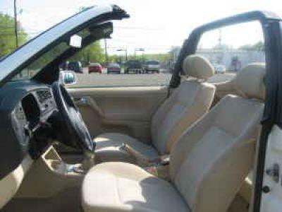 Used-1999-Volkswagen-Cabrio