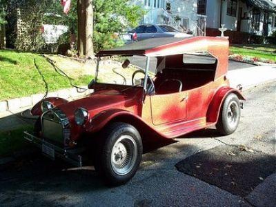 Used-1957-Maxi-Taxi