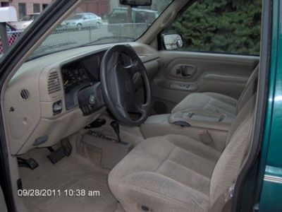 Used-1997-Chevrolet-Tahoe