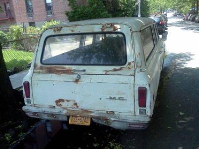 Used-1969-Chevrolet-Suburban