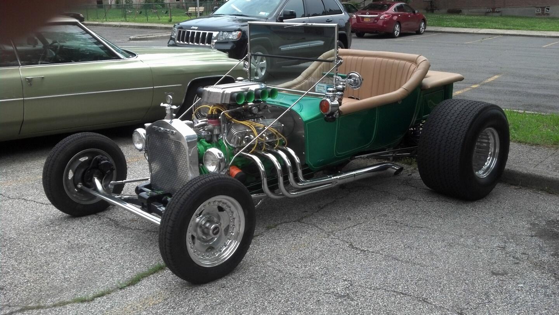 Tin Lizzie Car Rental