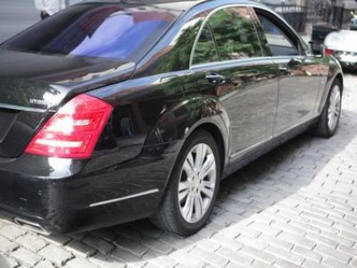 Used-2011-Mercedes-Benz-S-400