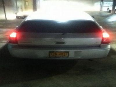 Used-2006-Dodge-Magnum