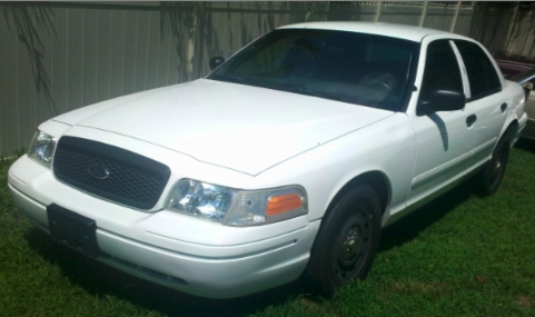 Used-2003-Ford-Crown-Victoria