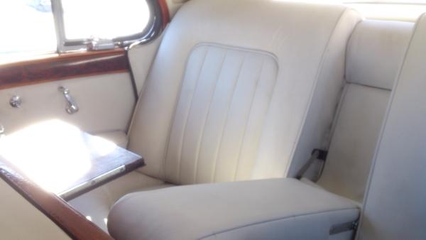 Used-1961-Jaguar-Mark-IX