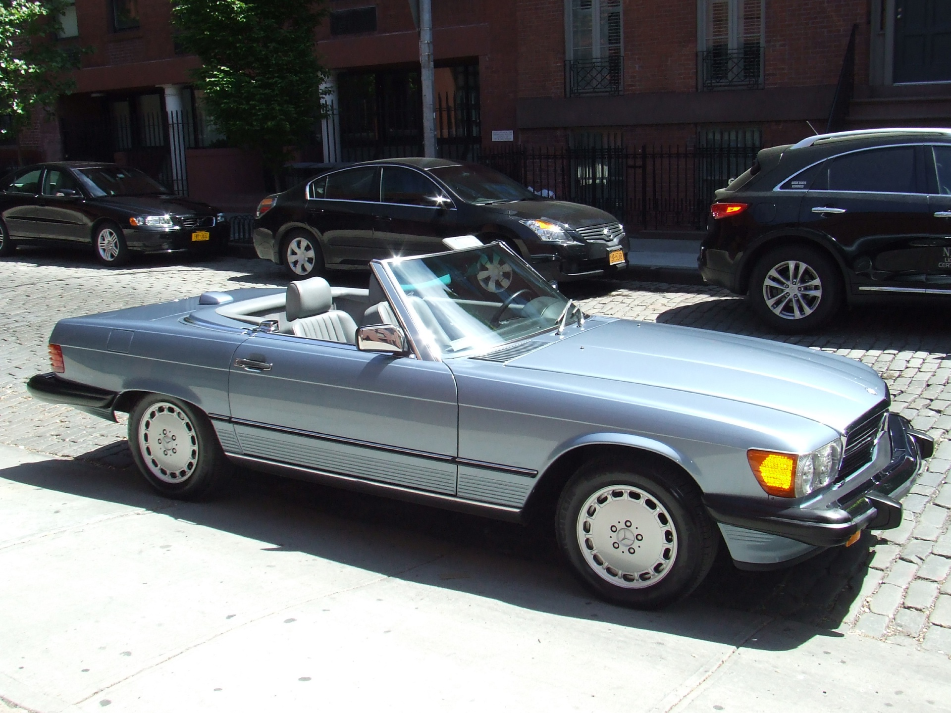 1986 mercedes benz 560sl stock c17 for sale near new for Mercedes benz stock