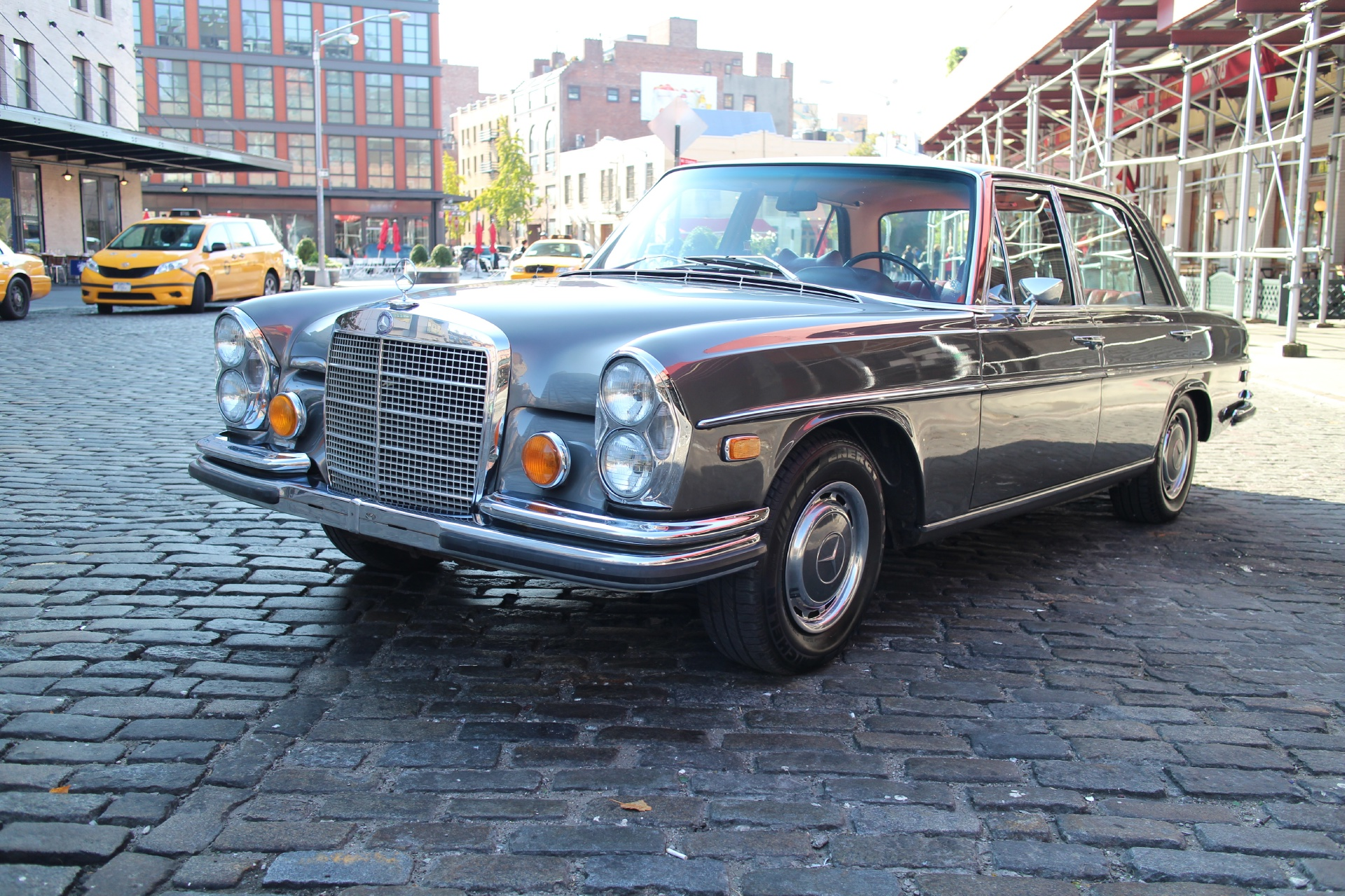 1970 Mercedes-Benz 300SEL Stock # 663 For Sale Near New