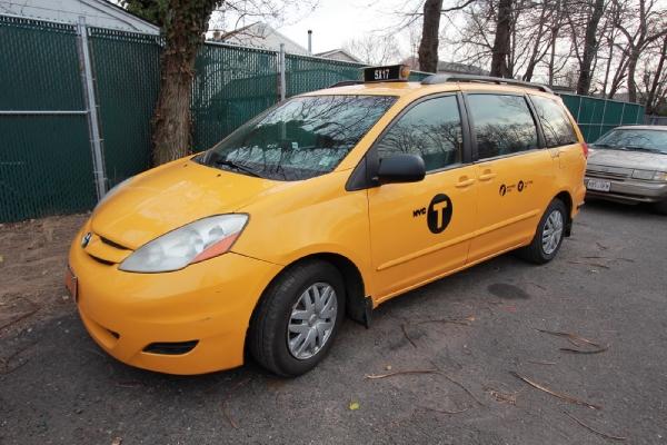 Used-2007-Toyota-Sienna