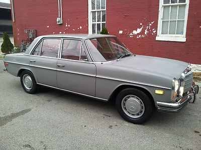 Used-1973-Mercedes-Benz-220