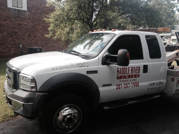 Used-2010-Ford-Tow-Truck