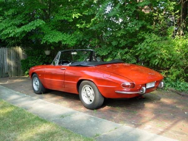 Used-1966-Alfa-Romeo-Duetto