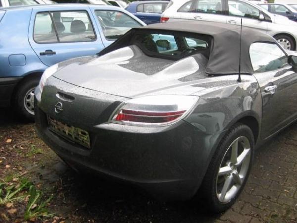 Used-2005-Opel-GT