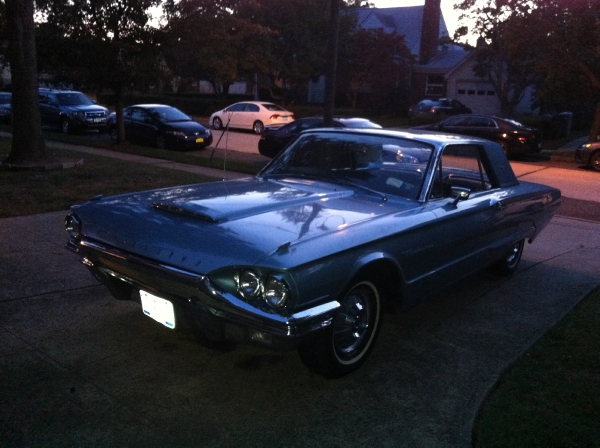 Used-1964-Ford-Thunderbird