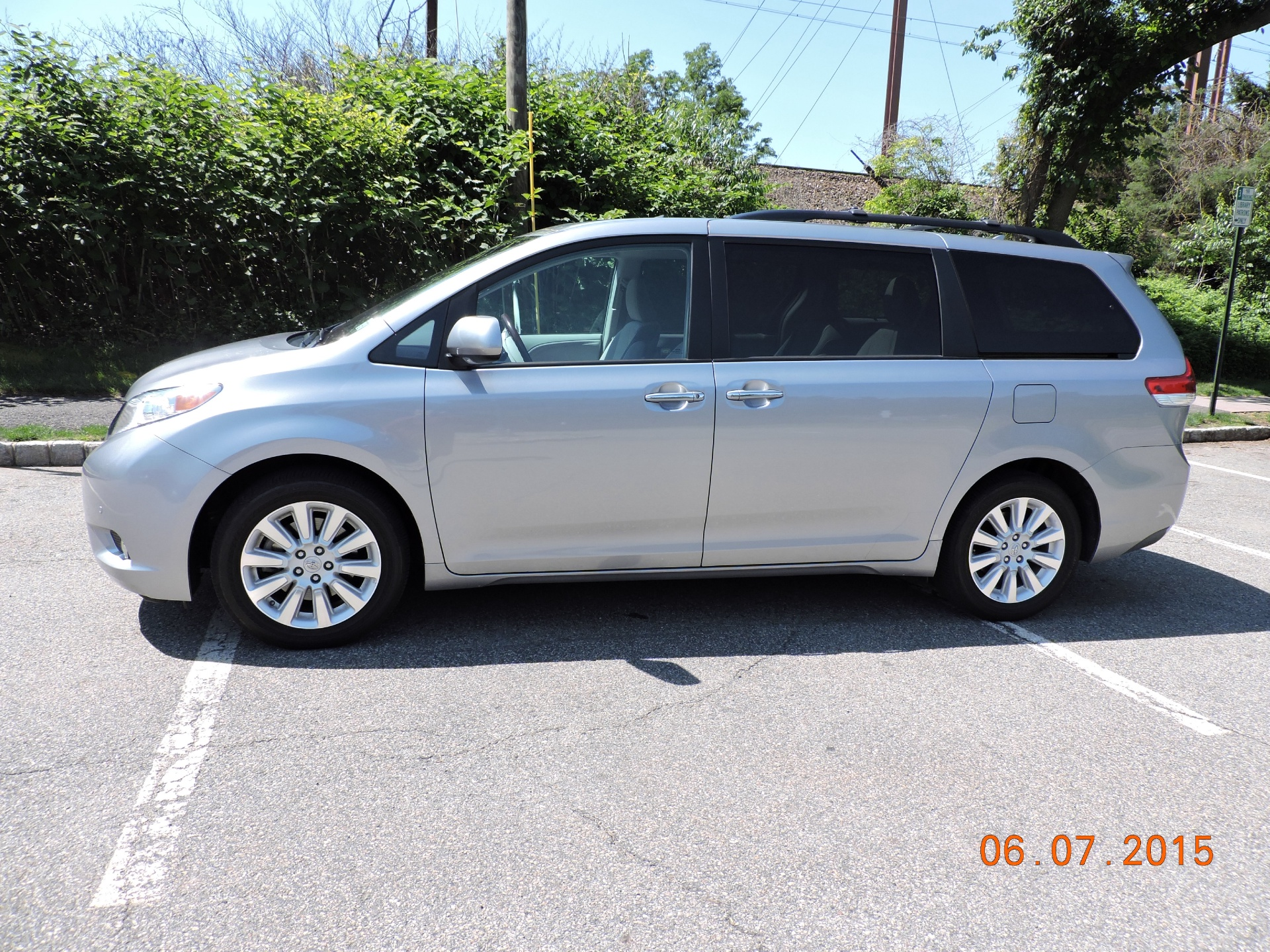 2012 toyota sienna stock toyotasienna for sale near new york ny ny toyota dealer. Black Bedroom Furniture Sets. Home Design Ideas