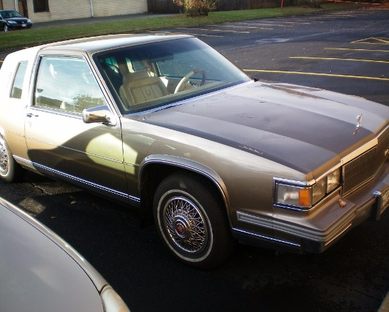 Used-1986-Cadillac-Coupe-Deville