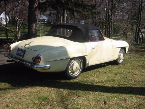 Used-1957-Mercedes-Benz-190SL
