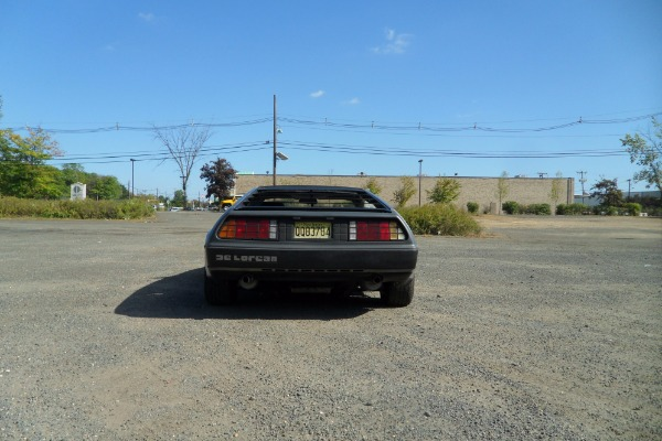 Used-1981-Delorean-Gull-Wing