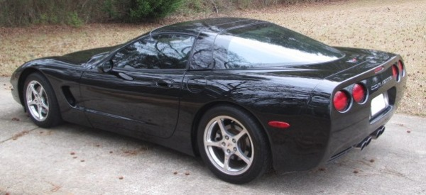 Used-1998-Chevrolet-Corvette