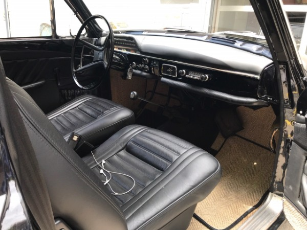 Used-1968-Volvo-122