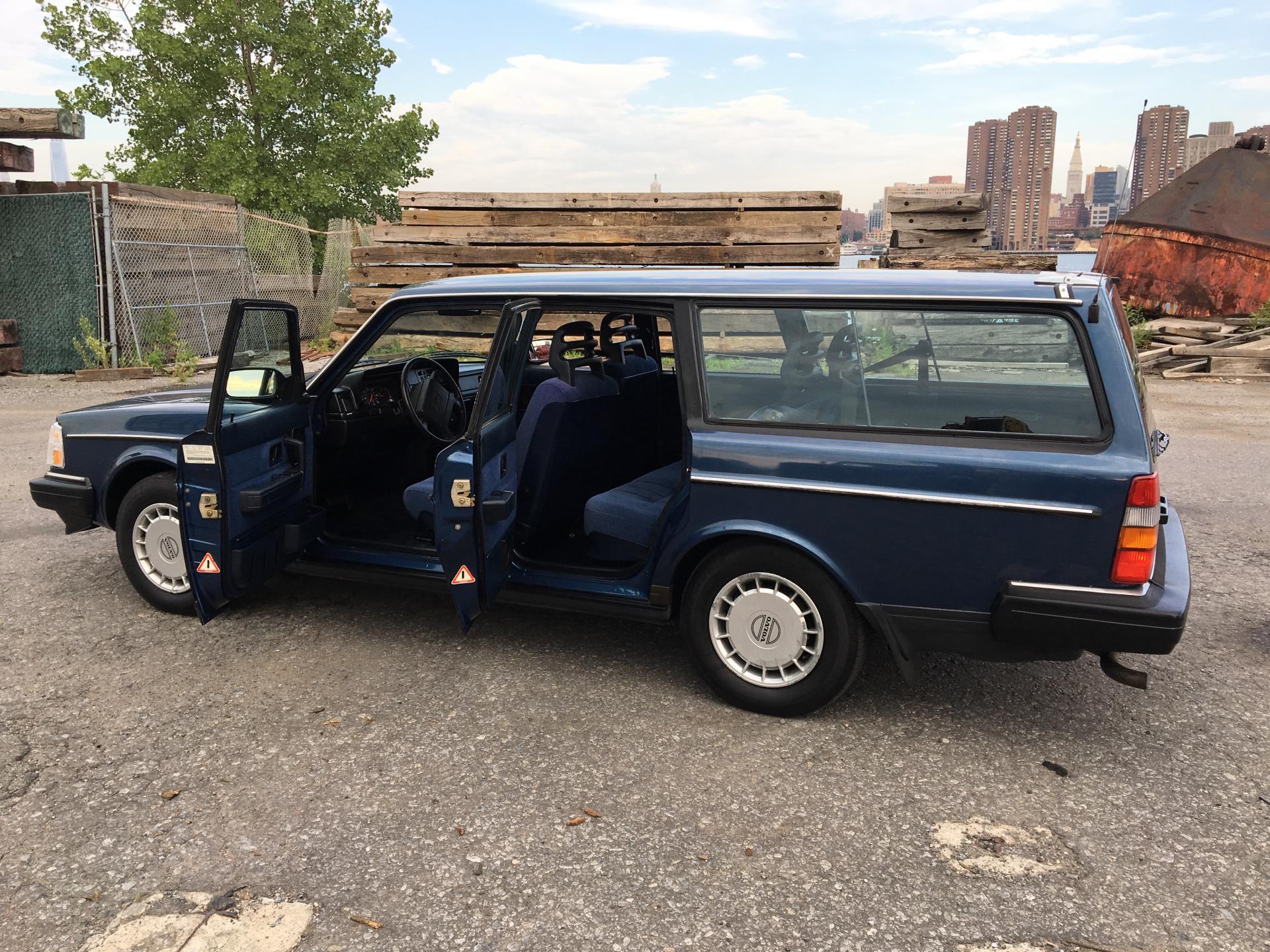 1991 VOLVO 240 WAGON 3RD ROW NON-SMOKER CLEAN CARFAX MUST ...   1991 Volvo 240 Wagon