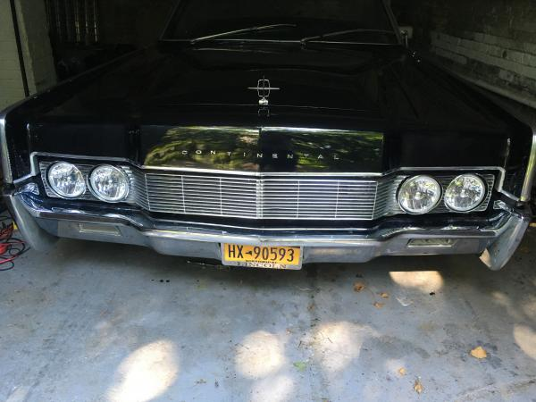 1967-Lincoln-Continental