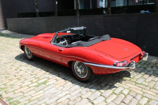 Used-1965-Jaguar-XKE-E-Type-OTS