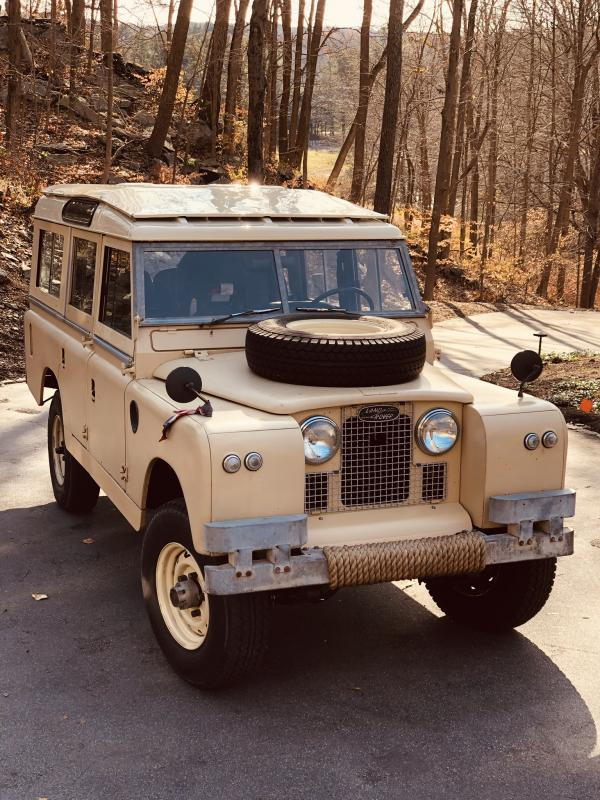 1967-Land-Rover-Series-2a-109-Station-Wagon-(4dr)