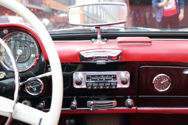 Used-1958-Mercedes-Benz-190SL