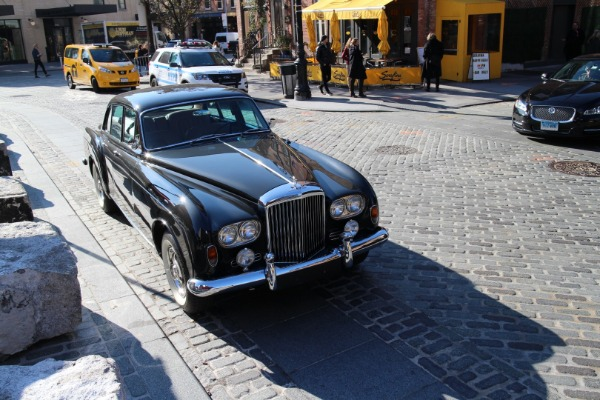 Used-1965-Bentley-Flying-Spur