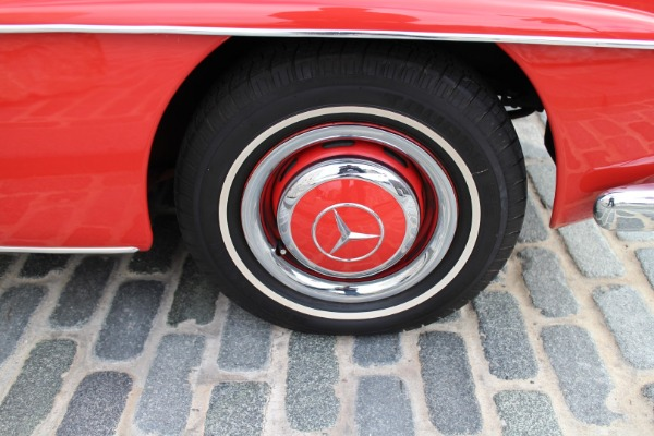 Used-1961-Mercedes-Benz-190SL