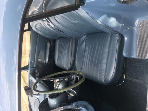 1960-Chevrolet--Corvette