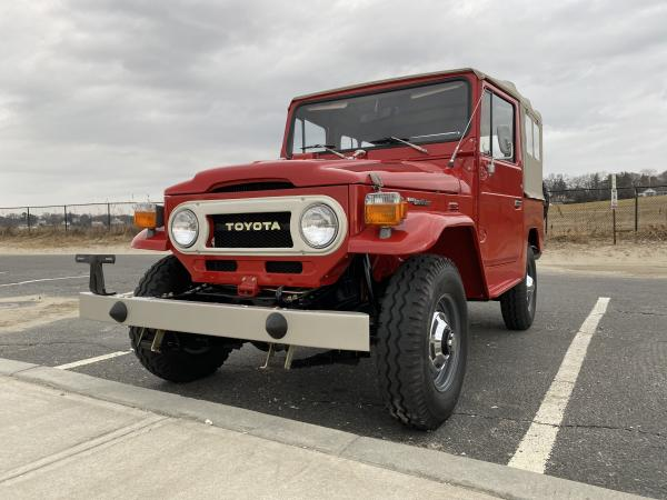 Used-1977-Toyota-Land-Cruiser-FJ40-70s-SUV-Rugged-Offroad