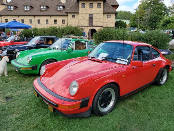 Used-1982-Porsche-911SC-80s-Sports-Car