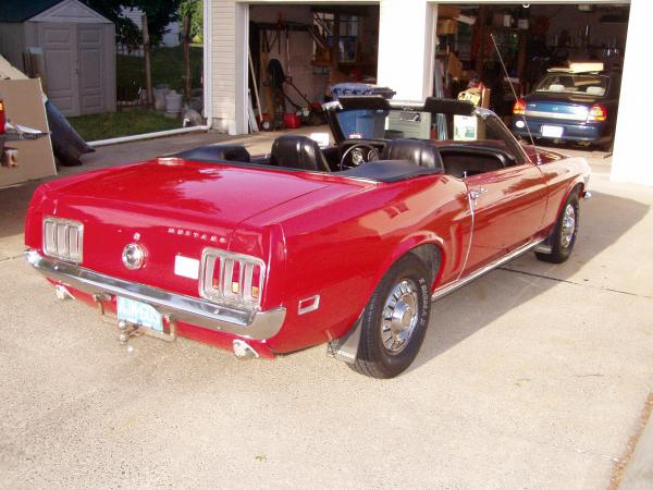 Used-1970-Ford-Mustang-Convertible-70s-Muscle-Car