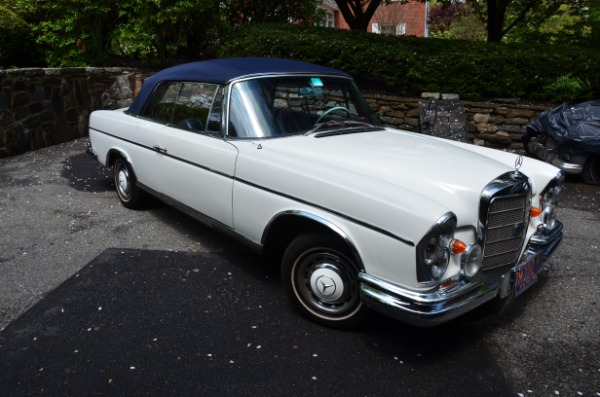 1966-Mercedes-Benz-300SE-Convertible-60s-70s-German