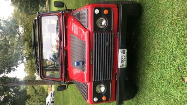 Used-1992-Land-Rover-Defender-90-Offroad-SUV-Rugged