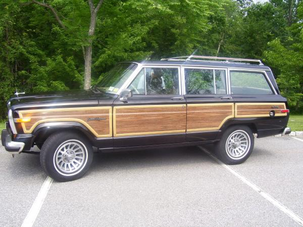 1989-Jeep-Grand-Wagoneer-80s-90s-American-SUV-Rugged-Offroad